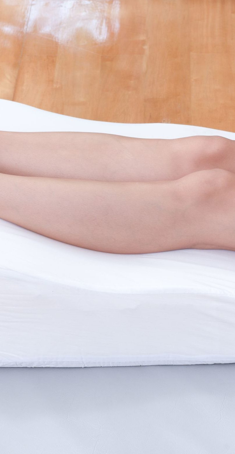 How Does Leg Elevation Pillow Improves Varicose Veins?